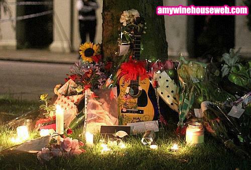 Puerta de la casa de Amy Winehouse